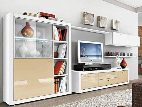П-образная модульная стенка в гостиной