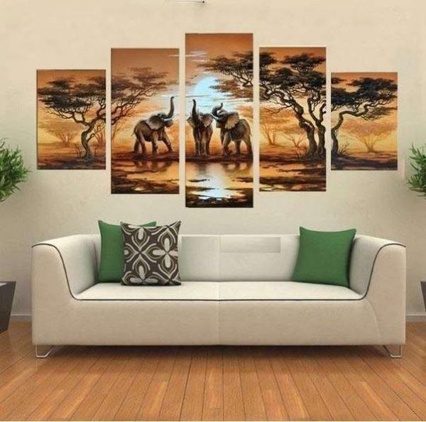 африканская саванна модульная картина в интерьере гостиной над диваном