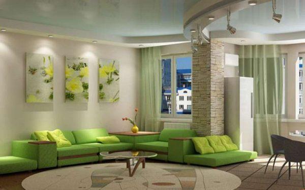 модульная зелёная картина с цветами в интерьере гостиной над диваном