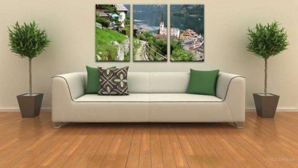 модульная картина с пейзажем в интерьере гостиной над диваном