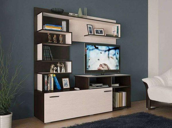 мебельная стенка в интерьере гостиной эконом класса