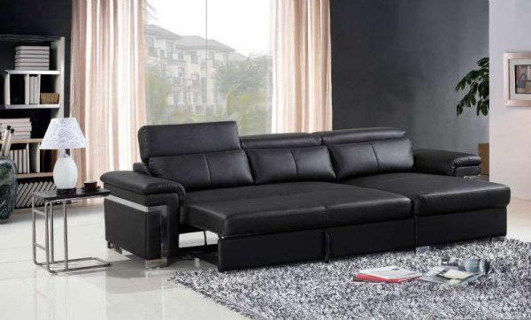 тёмный диван для гостиной