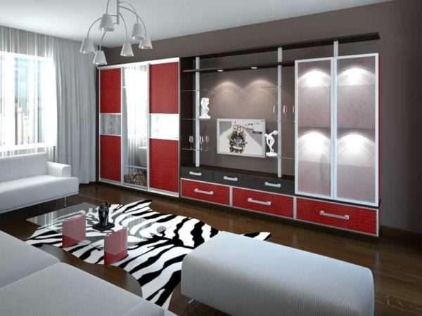 шкаф купе с телевизором в интерьере гостиной