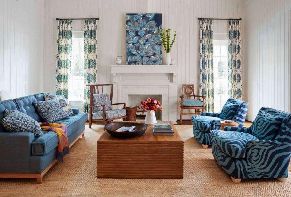 шторы в интерьере гостиной аквамаринового цвета