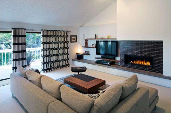 шторы в интерьере гостиной со стильным узором