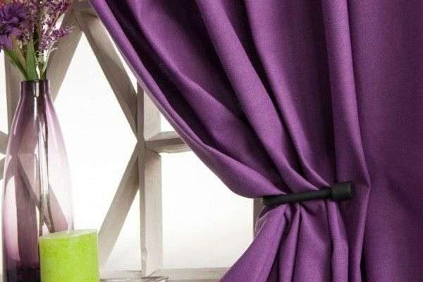 сиреневые шторы из натуральной ткани