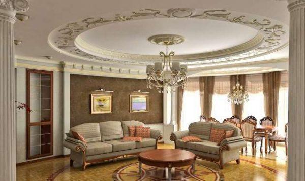 современная классика в интерьере гостиной с потолком с лепниной