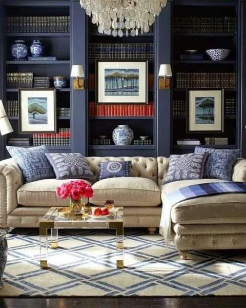 роскошный синий в интерьере гостиной в стиле современной классики