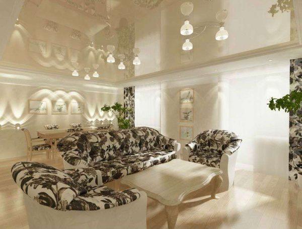 натяжной потолок в гостиной в современной классике