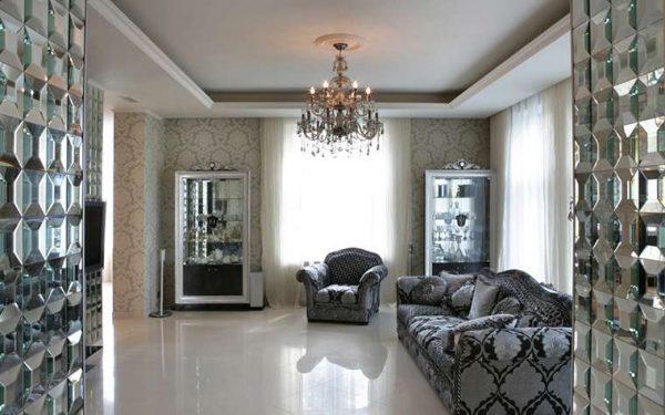 роскошный интерьер гостиной в современной классике