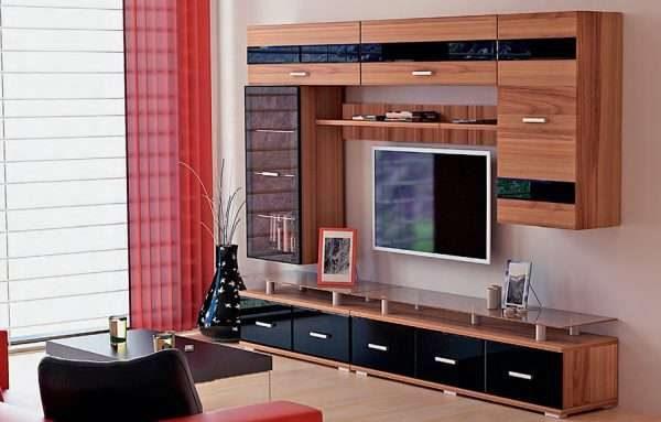 светлая мебельная стенка горка для гостиной
