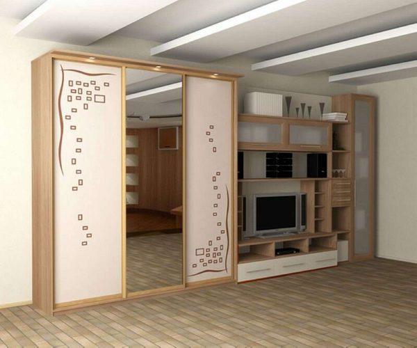 модульная стенка со шкафом купе для гостиной