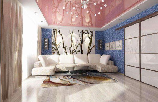 фотообои с ветками дерева в интерьре гостиной