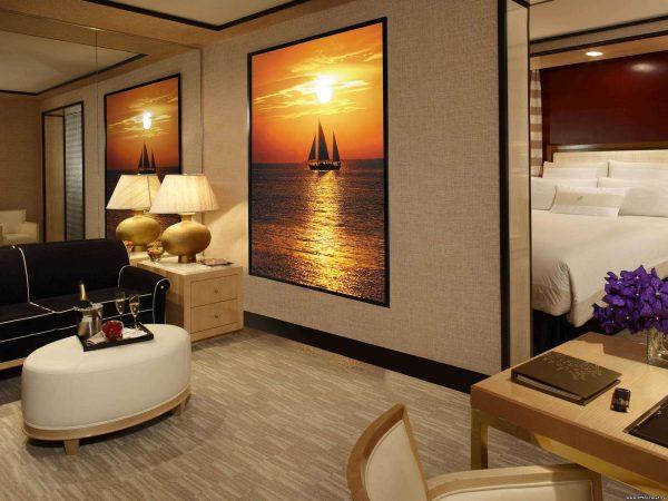 фотообои картиной корабля в интерьере гостиной