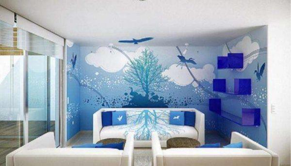 синие фотообои в интерьере гостиной