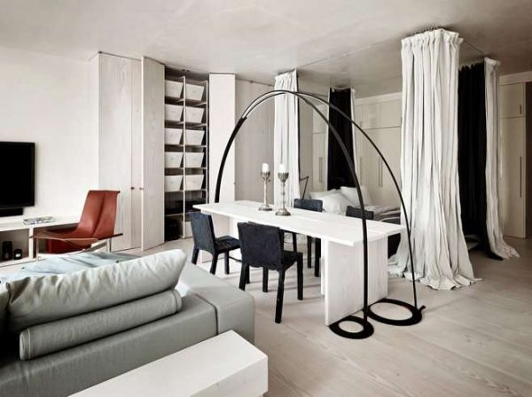 шторы перегородки в спальне-гостиной