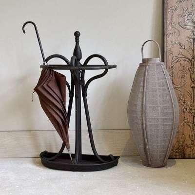 кованая мебель для зонтов в прихожую