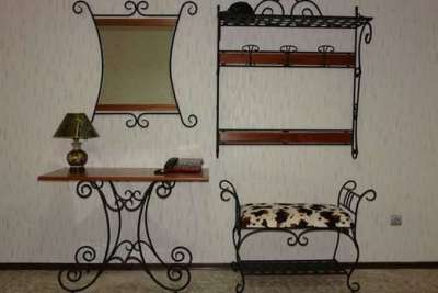 кованая мебель в прихожей