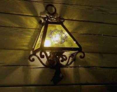 кованый светильник в прихожую