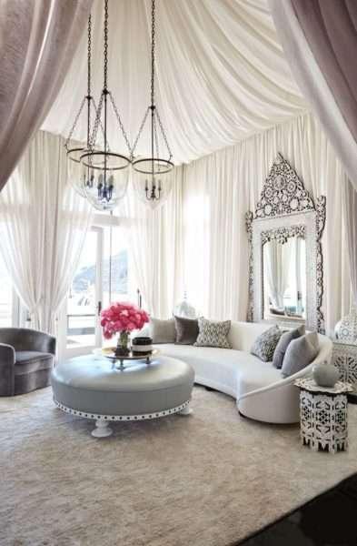 шторы в гостиной в восточном стиле