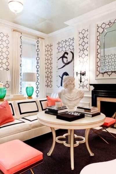 стильные шторы с необычным рисунком в интерьере гостиной