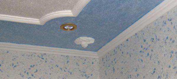 декоративная штукатурка на потолке в прихожей