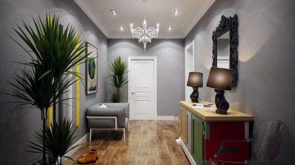 серые стены с ярким декором в прихожей