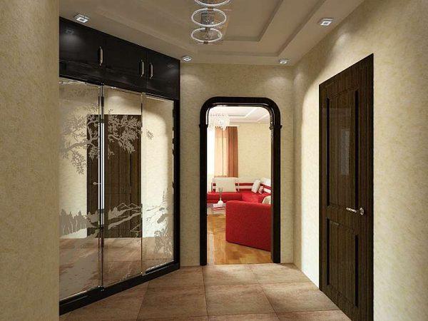 шкаф купе с зеркальными дверями в прихожей в квартире