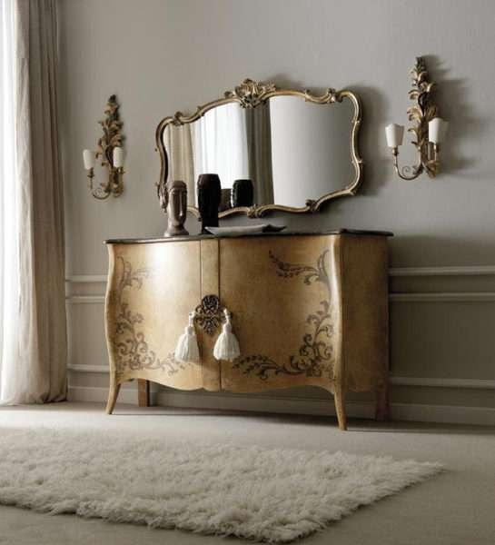 зеркало с комодом в прихожей в стиле барокко
