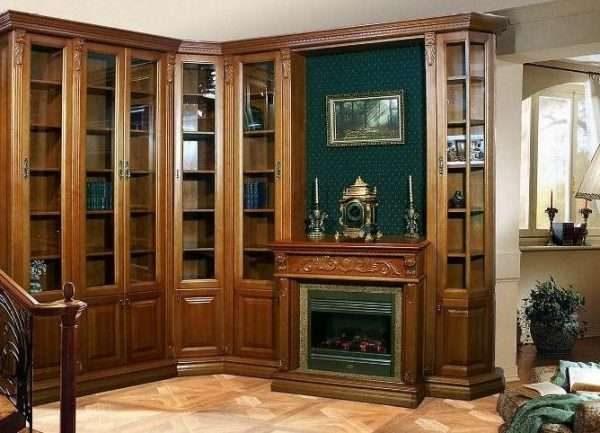 угловой шкаф в гостиной в классическом стиле
