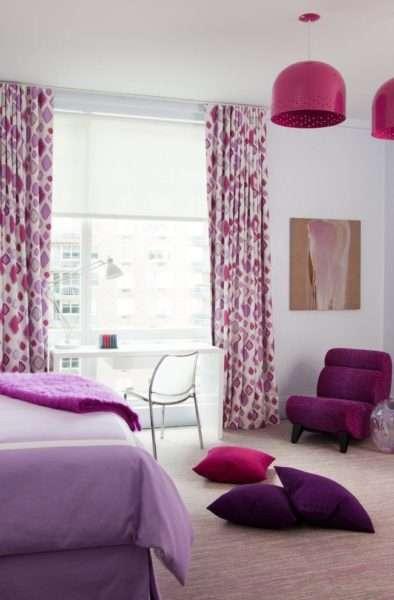 сиреневые шторы в фиолетовом интерьере