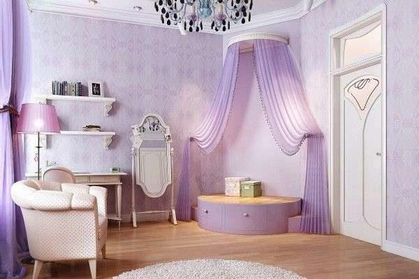 сиреневые шторы с будуаром в интерьере гостиной