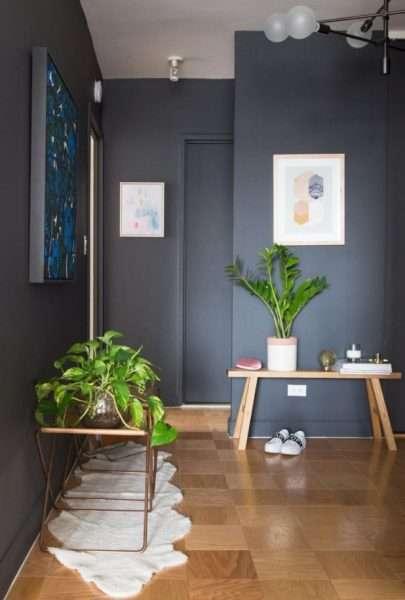 серый интерьер прихожей в квартире