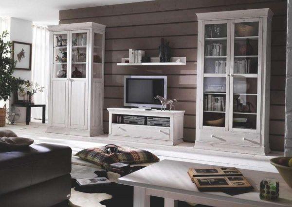 классическая стенка под телевизор в гостиную