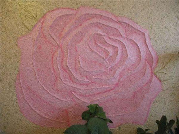 роза в коридор из жидких обоев