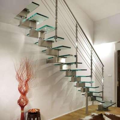 лестница из оргстекла