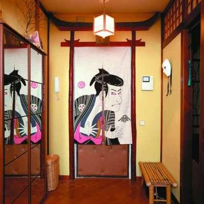 лавка в прихожей в японском стиле