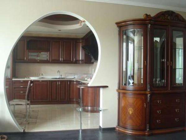 арка по индивидуальному проекту из гипсокартона на кухне