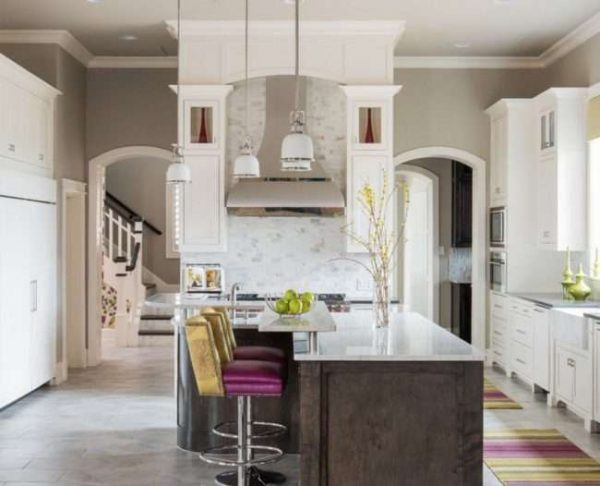 симметричные арки на кухне из гипсокартона
