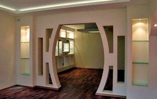 сложная форма арки из гипсокартона на кухне