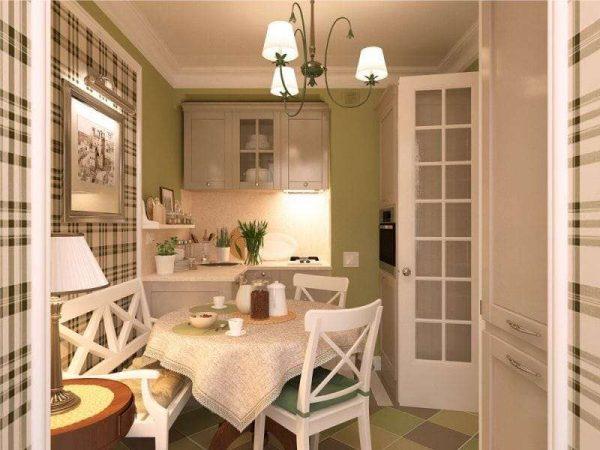бежевая кухня с оливковыми стенами