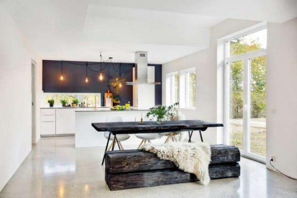 интерьер чёрно-белой кухни в скандинавском стиле