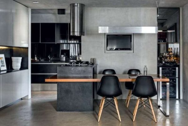 серый цвет в интерьере чёрной кухни