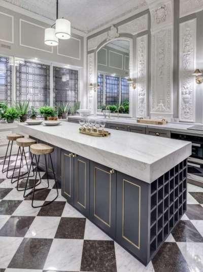 полы на чёрной кухне