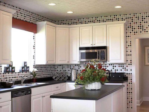 классический стиль на чёрно-белой кухне