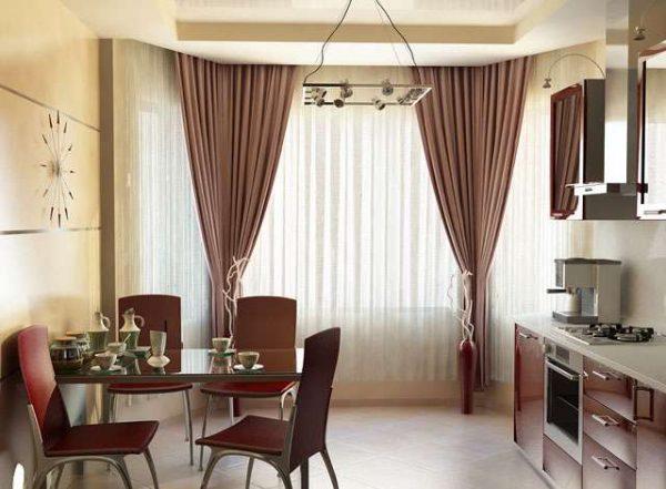 шторы прямые и тюль на окнах эркера на кухне