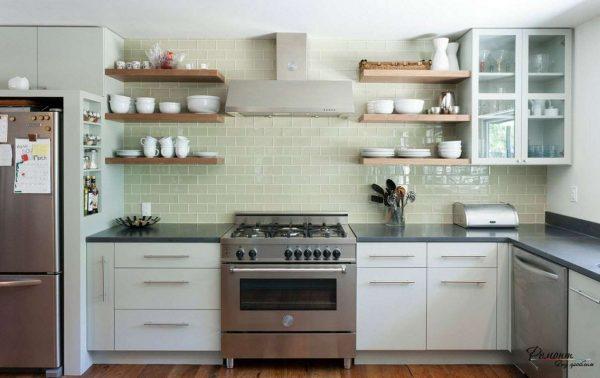 керамическая плитка на стене кухни