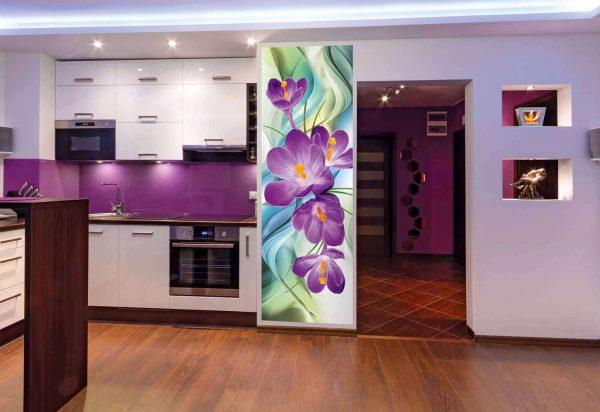 3д фотообои в интерьере кухни с фиалками