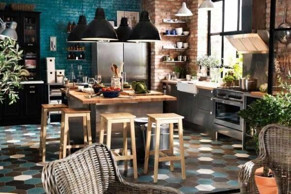 шестигранная плитка на полу кухни