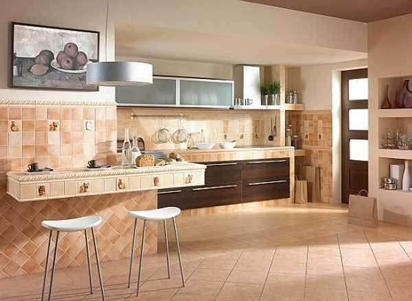 Кафель на стенах кухни